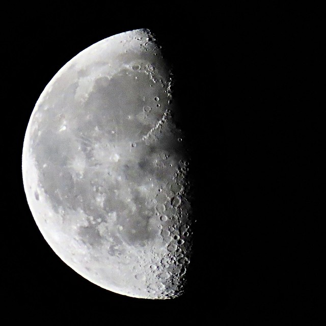 Half Moon Yesterday <|> In Flickr's Explore