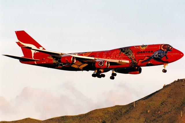 Qantas   Boeing 747-400   VH-OJB   Wunala Dreaming   Hong Kong International