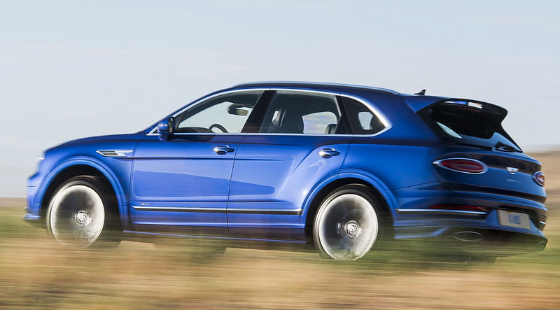 2021-Bentley-Bentayga-Speed-2-1
