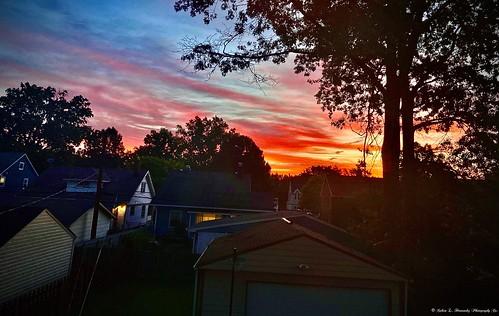 sunrisebeforeglowciviltwilighttwilightcloudscolorsorangepinkbackyardsunrisephotography