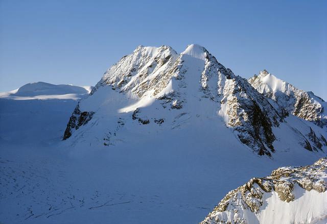 Pennine Alps from the Vignettes Hut (1976, septmber)