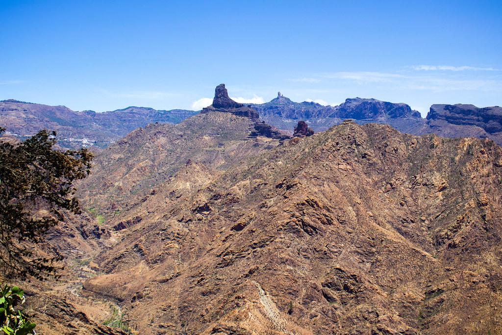 Vistas al Bentayga y al Roque Nublo