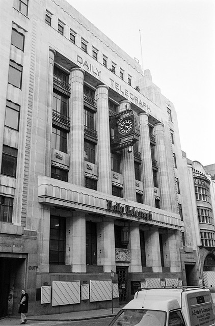 Daily Telegraph, Fleet St, City, 1987 87-10m-13-positive_2400