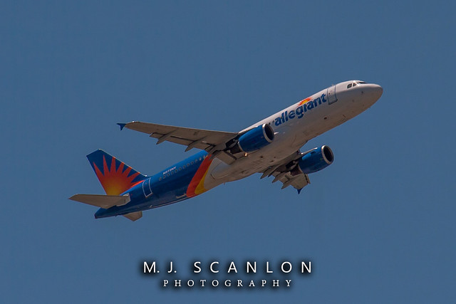 N272NV Allegiant Air | Airbus A320-214 | Memphis International Airport