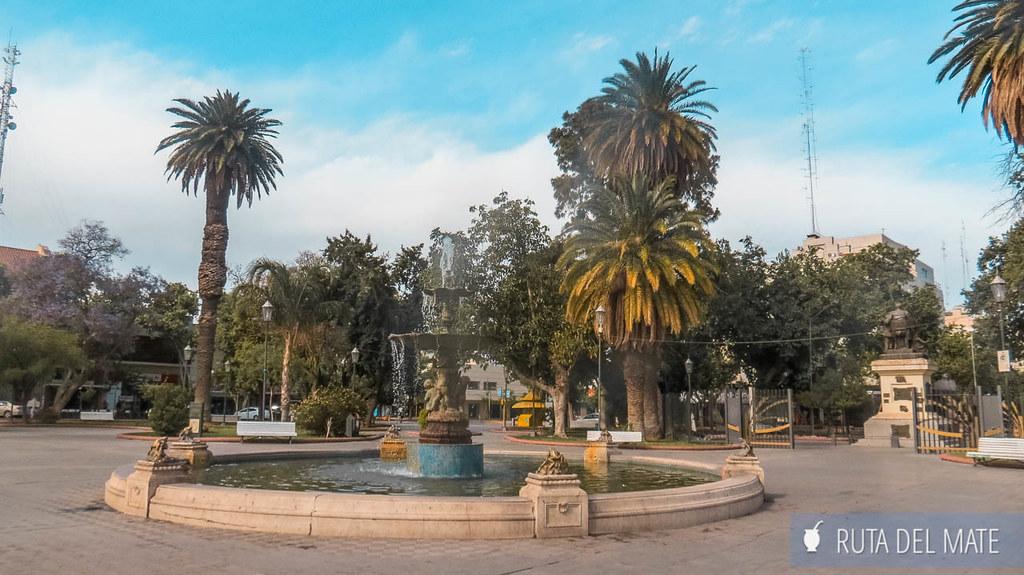 Plaza 25 de Mayo, Qué hacer en San Juan