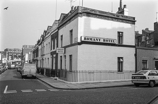 Romany Hotel, Longmore St, Guildhouse St, Pimlico, Westminster, 1987 87-10a-62-positive_2400