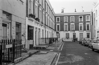 Churton Place, Pimlico, Westminster, 1987 87-10a-02-positive_2400