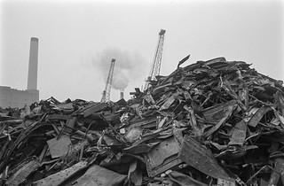 Scrap Metal, Deptford Creek, Deptford, Greenwich, 1987 87-10l-45-positive_2400
