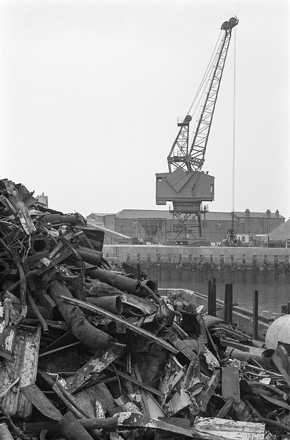 Scrap Metal, Deptford Creek, Deptford, Greenwich, 1987 87-10l-32-positive_2400