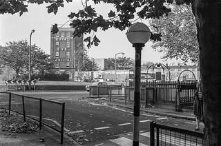Royal Eye Hospital, St George's Circus, Newington, Southwark, 1987 87-10k-51-positive_2400