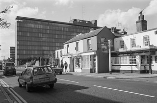 London Rd, Staines, Middx, 1987, Spelthorne 87-10f-33-positive_2400