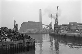 Scrap Metal, Power Station, Deptford Creek, Deptford, Greenwich, 1987 87-10l-44-positive_2400
