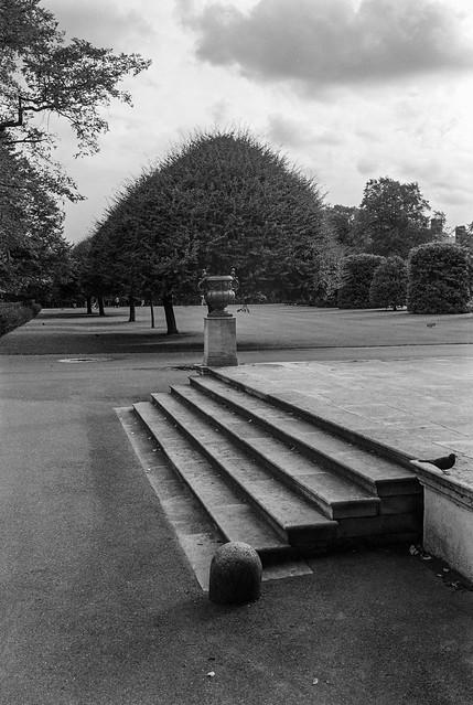 Kensington Gardens,  Kensington & Chelsea, 1987 87-10e-56-positive_2400