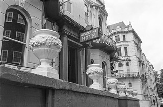 Viscount Hotel, Victoria Rd, Kensington,  Kensington & Chelsea, 1987 87-10f-02-positive_2400