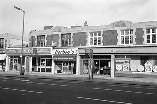 London Rd, Staines, Middx, 1987, Spelthorne 87-10h-35-positive_2400