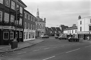 Market Square, Staines, Middx, 1987, Spelthorne 87-10i-41-positive_2400