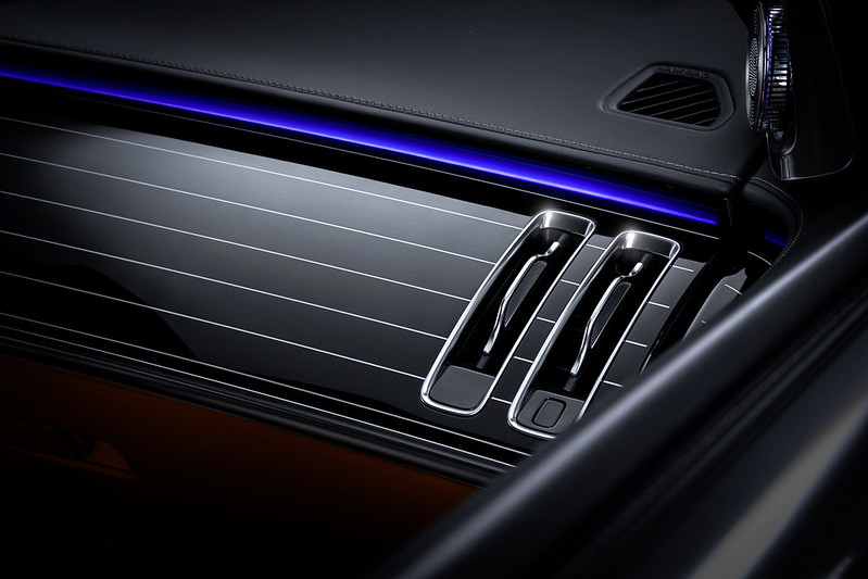 2021-Mercedes-S-Class-Interior-5