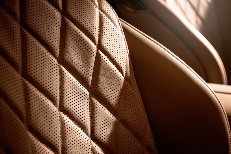 2021-Mercedes-S-Class-Interior-4