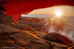 Perfect sunrise at Mesa Arch near Moab in Utah