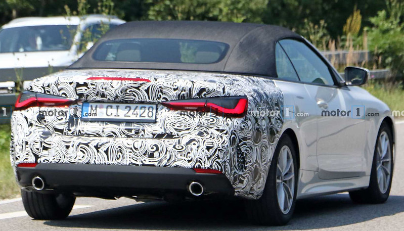 new-bmw-4-series-convertible-rear