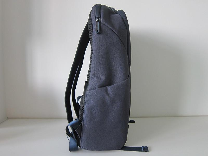 Targus Cypress EcoSmart 15.6 Inch Slim Backpack - Side