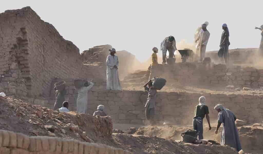 Les hommes de l'âge de pierre enterraient leurs morts