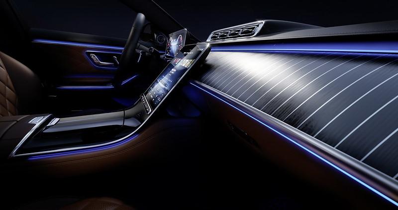 2021-Mercedes-S-Class-Interior-7