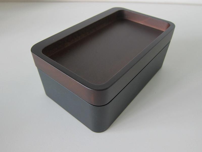 Revov Tray Box - Close