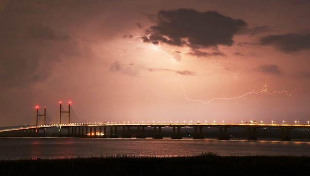 Severn Bridge lightning