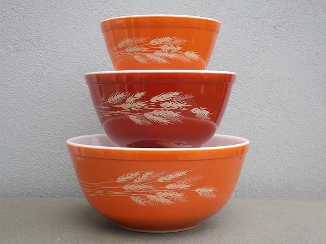 Vintage 1970's Pyrex Autumn Harvest Kitchen  Mixing Bowls