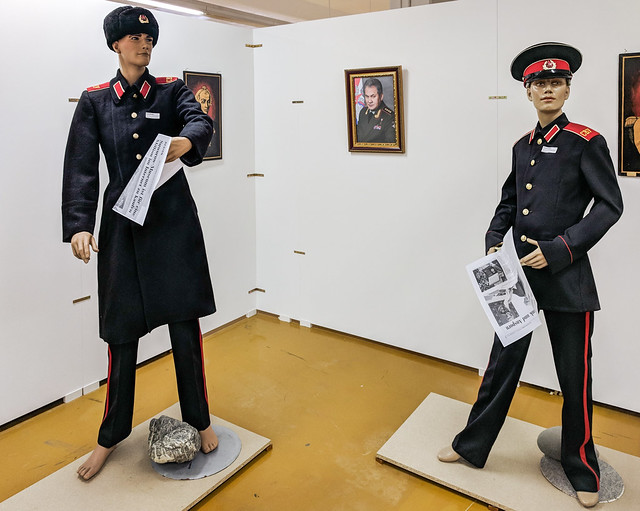 barefoot suvorovcy and cosmonaut grechko