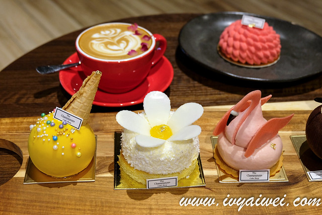 The Champignons Cake Shop (17)