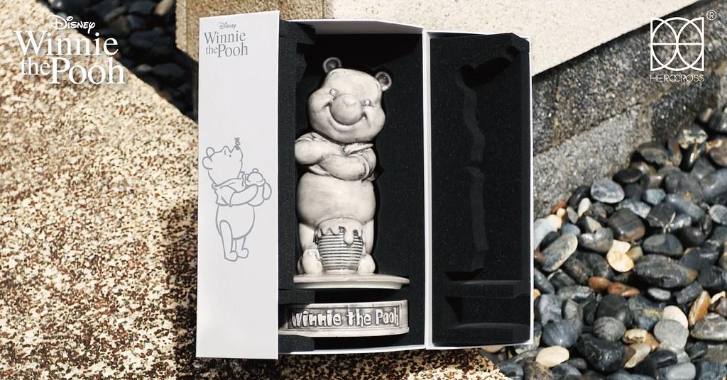 HEROCROSS「灰色小熊維尼」陶瓷雕像 藝術品般的典雅新感覺限量登場!