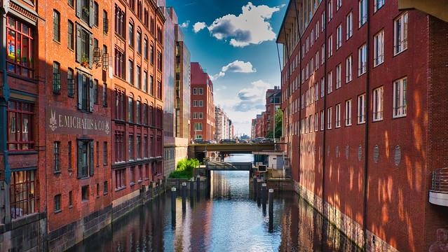 Auf der Michaelisbrücke Hamburg