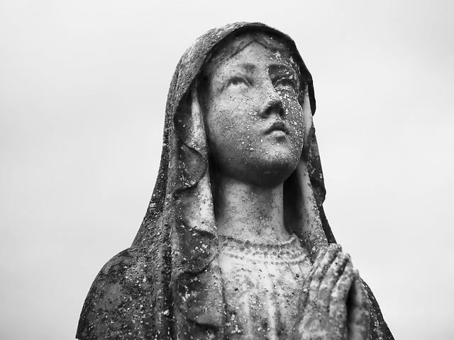 Ahamlish Statue