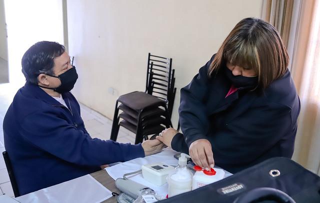 2020-08-13 Operativo de salud en Villa del Pino