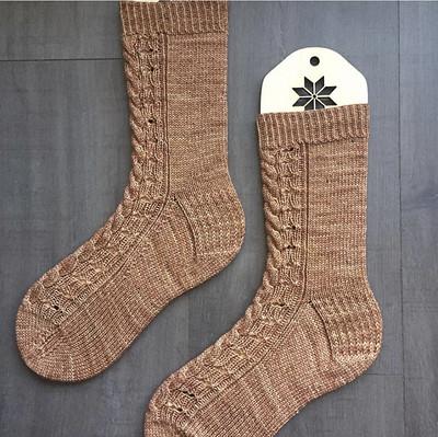 Sonia (@soniabknits) gorgeous Galiano Socks by @just_tracie!