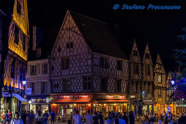 Bourges, Place Gordaine