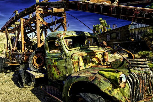 02469376423120352-127-20-08-Rusty Wheels in Goldfield Nevada-3