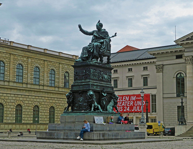 Max Joseph Monument - Munich