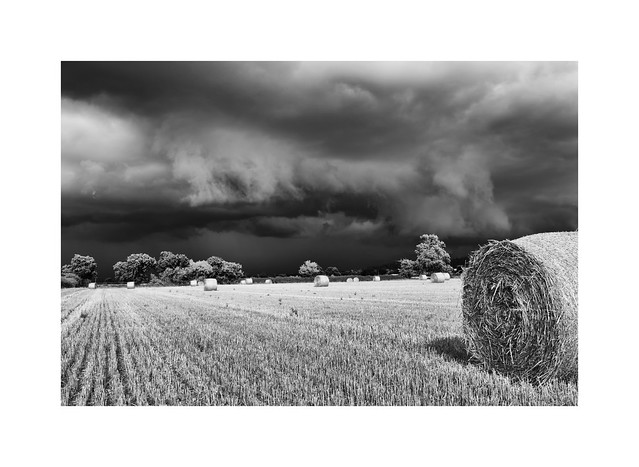 The gathering gloom..