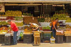 Preparing the fruit