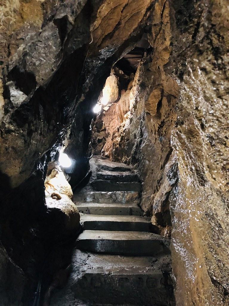大渓鍾乳洞