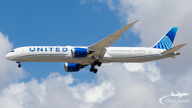 TLV - United Airlines Boeing 787-10 N12010