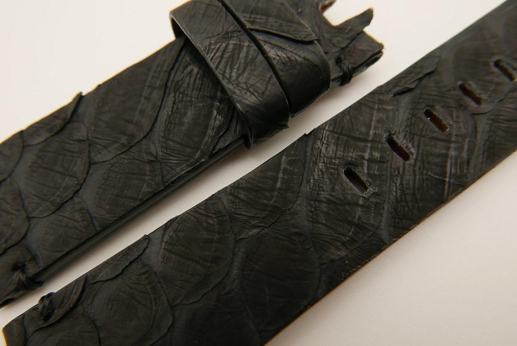 P1660688 (FILEminimizer)   by Ziczac Leather