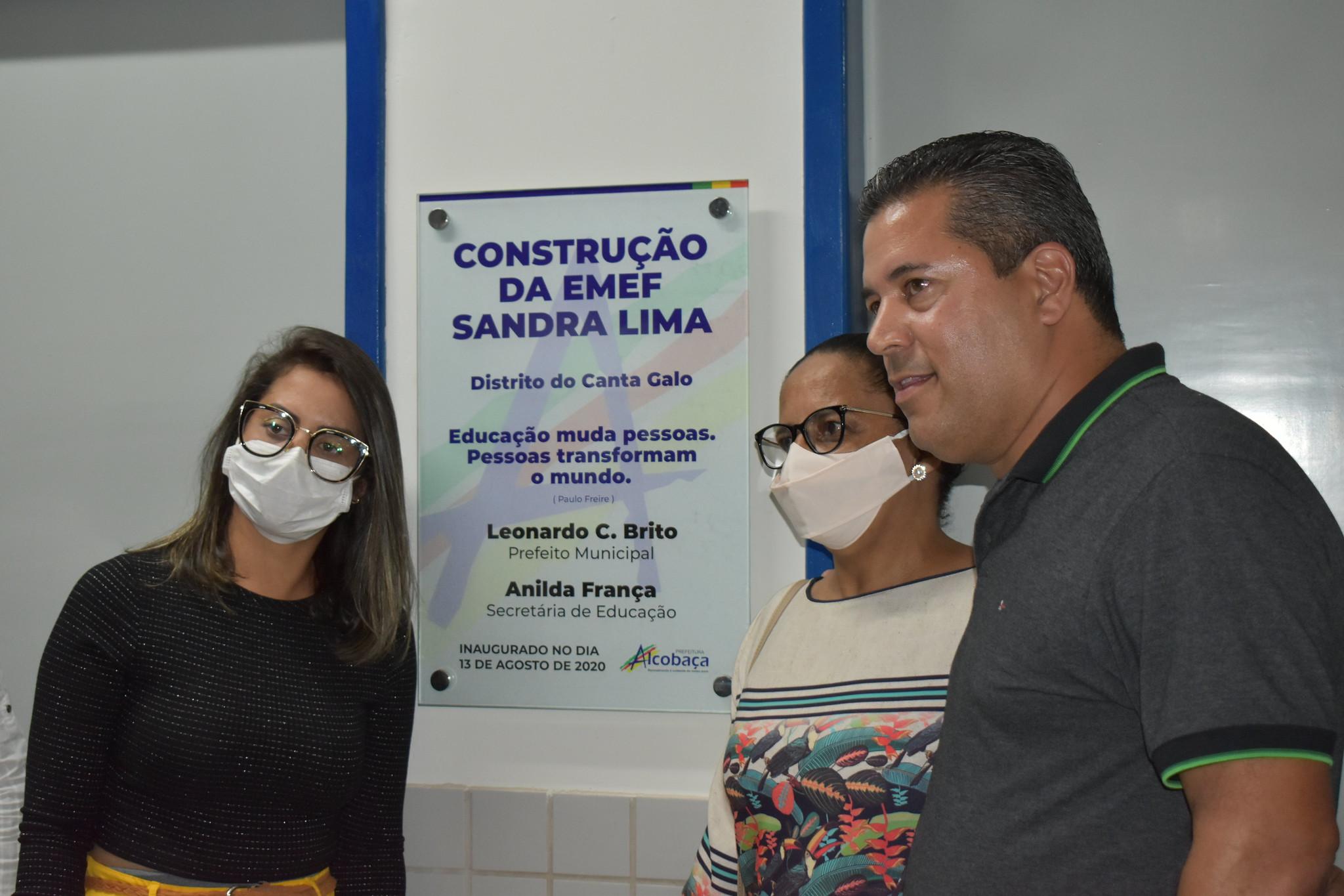 INAGURA DA EMEF SANDRA LIMA CANTA GALO (26)