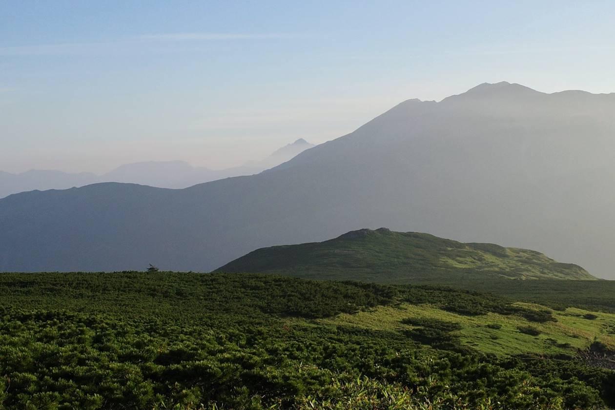 北ノ俣岳の稜線から眺める剱岳