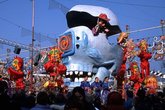 JHM-2003-t08b - Carnaval CXIX, Roi de la .comMedi@