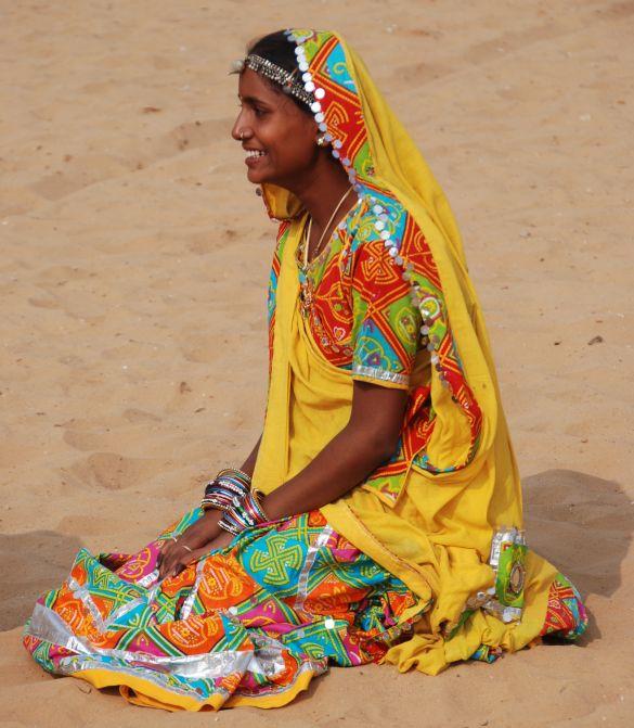 DSC_1825IndiaPushkarCamelFairDansgroep