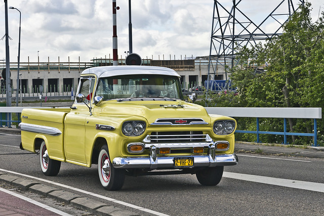 Chevrolet 3200 Apache Pick-Up Truck 1959 (0938)